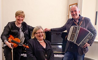 The Boruma Trio: Concert on location at Cnoc na Gaoithe, Tulla, Co. Clare